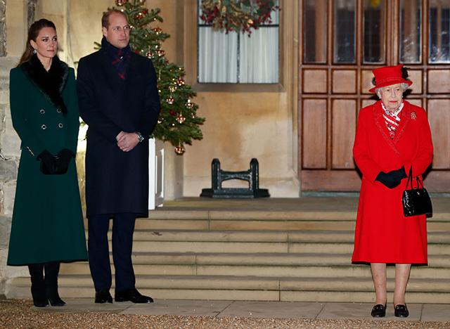 Кейт Миддлтон и принц Уильям завершили свой тур и воссоединились с королевской семьей в Виндзоре Монархии
