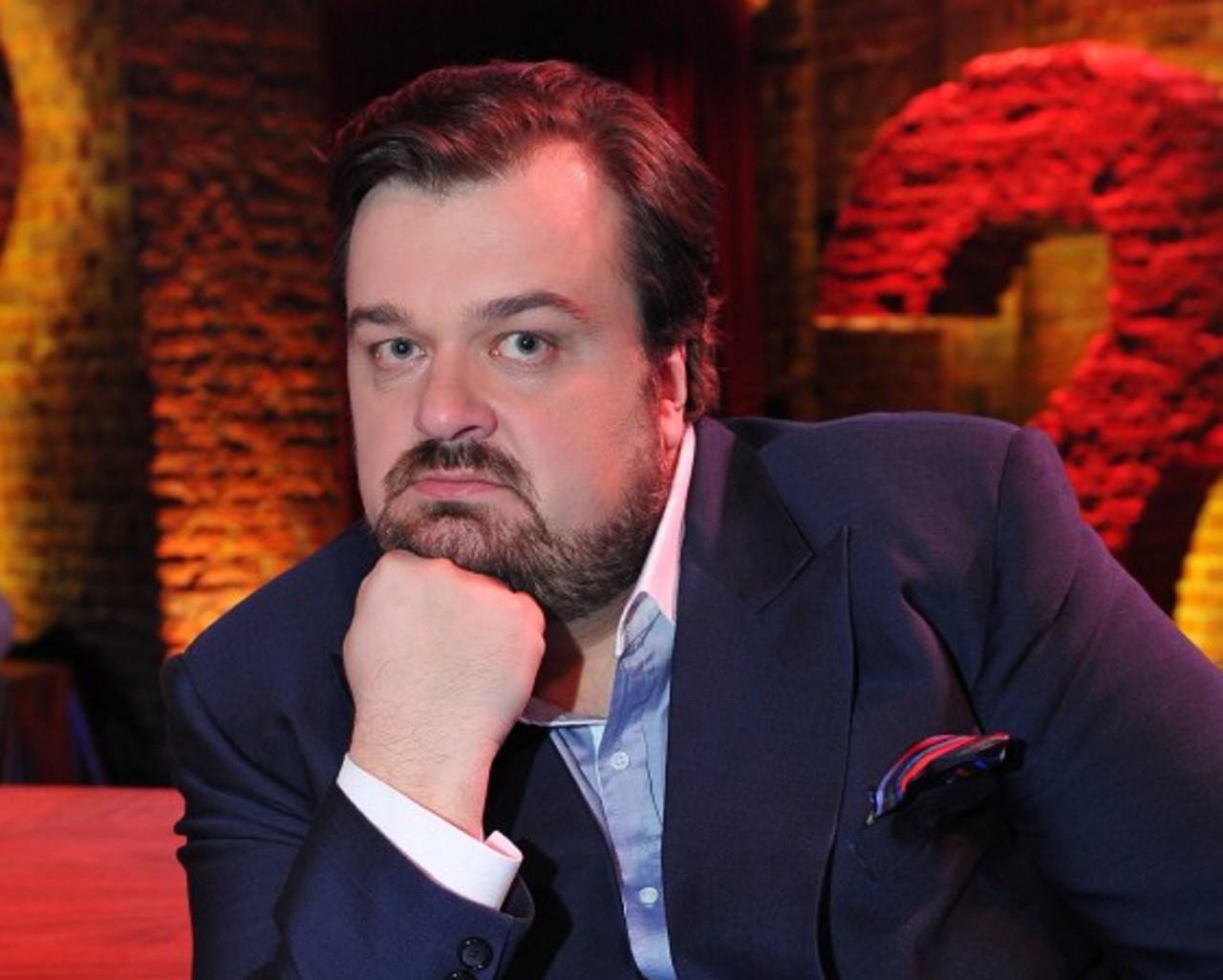 Футбольный комментатор Василий Уткин