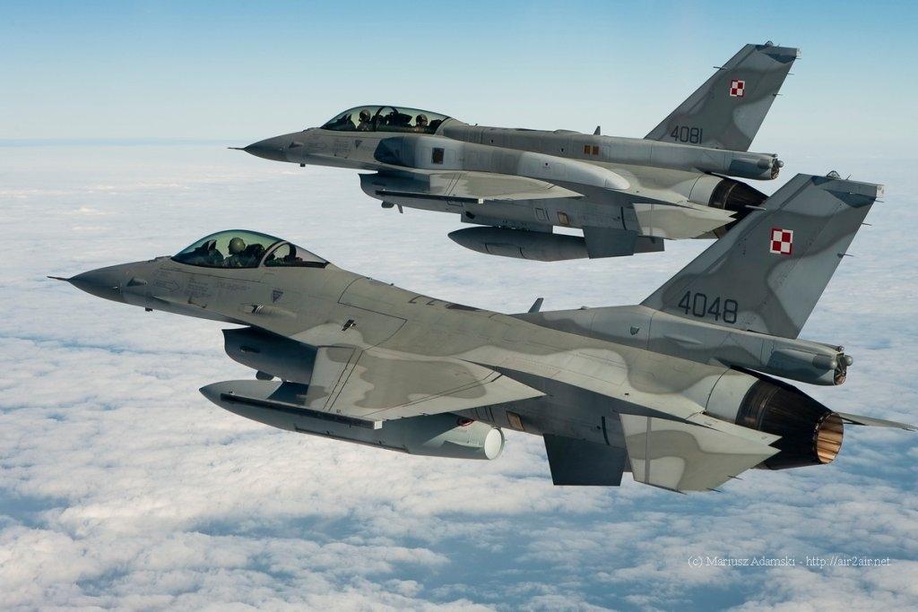 Стало известно, зачем польский F-16 «околачивался» вокруг самолёта Шойгу