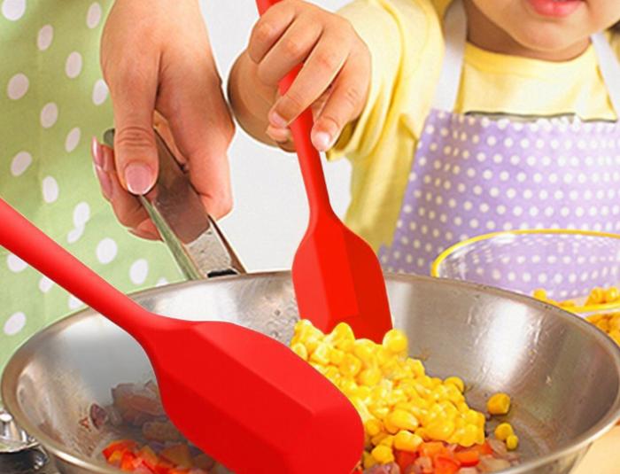 Для чего на самом деле нужна кухонная силиконовая лопатка готовим дома,полезные советы