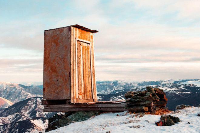 Туалет в отдаленном уголке России Фото factinatecom