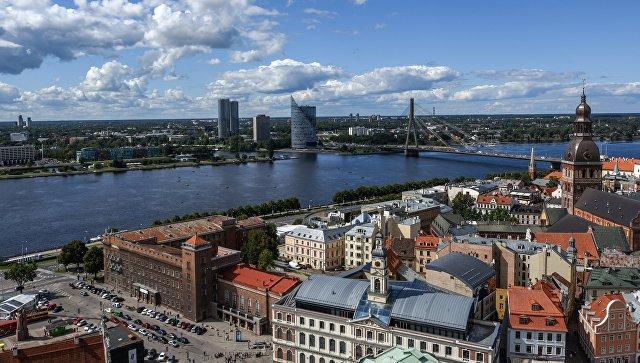 В Латвии женщине не дали позвать на русском языке детей, потерявшихся в ТЦ