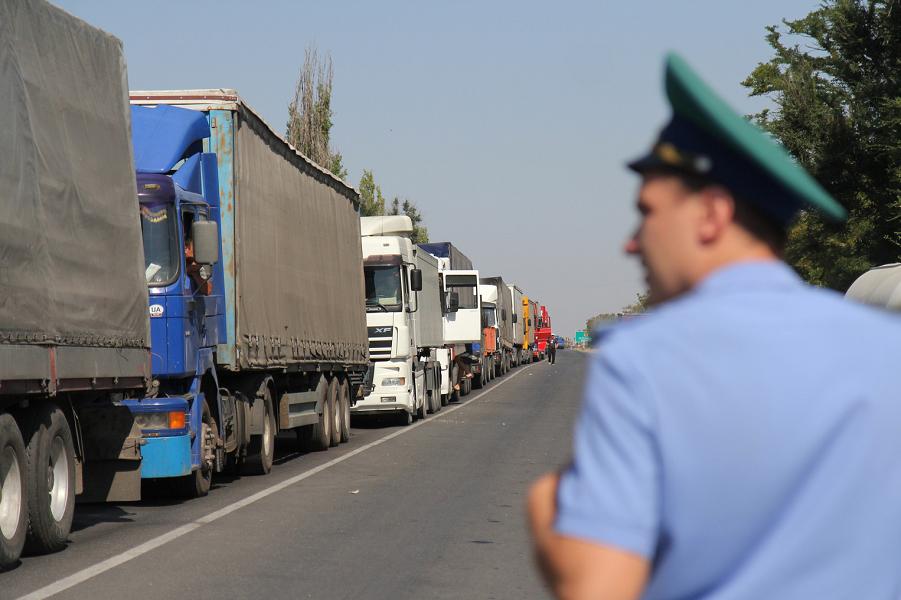 Украина не может без торговли с Россией. Это официальная точка зрения