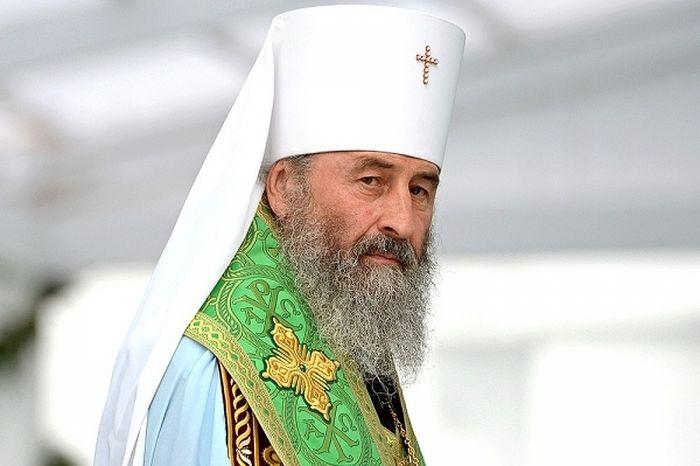 В УПЦ МП рассказали о разговоре митрополита Онуфрия с Порошенко
