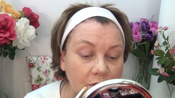 Пример возрастного макияжа. Как сделать пошагово.