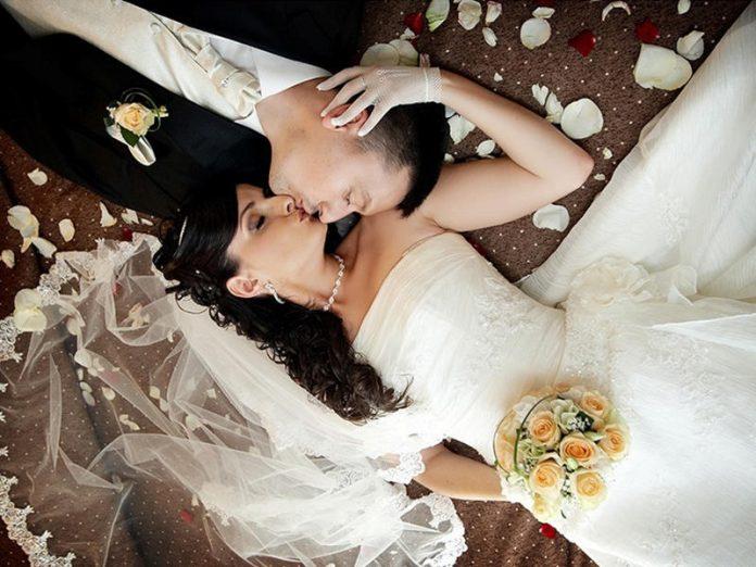 Первая брачная ночь женщины,…