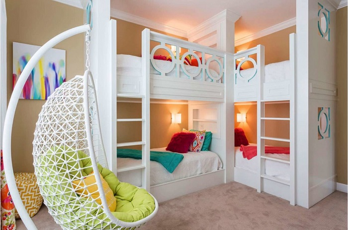 Великолепные идеи, которые помогут правильно подобрать двухъярусную кровать для спальной комнаты.