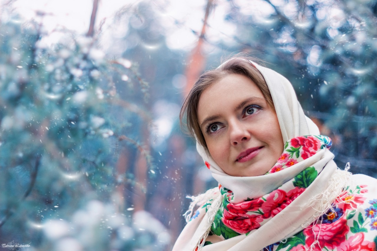 вершин фото в русском платке зимой когда