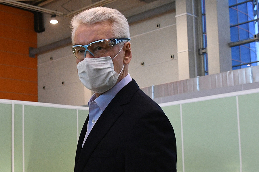 Sobyanin-in-Mask-1