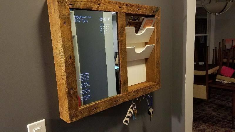 """Как парень сделал полку с """"волшебным зеркалом"""" - всего за 200 долларов в мире, зеркало, люди, полка, своими руками, сделай сам"""
