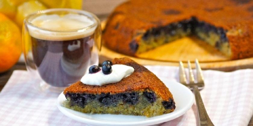 Пирог с черникой в мультиварке: для семейного чаепития
