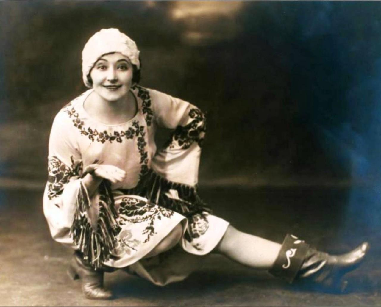 ЗАРУБЕЖКА. Nellie Casman