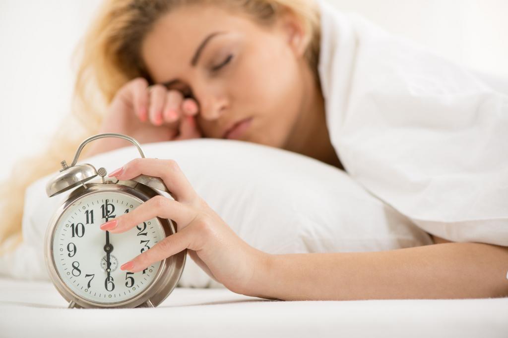 Просыпаетесь разбитым? Причины, по которым сон не восстанавливает энергию