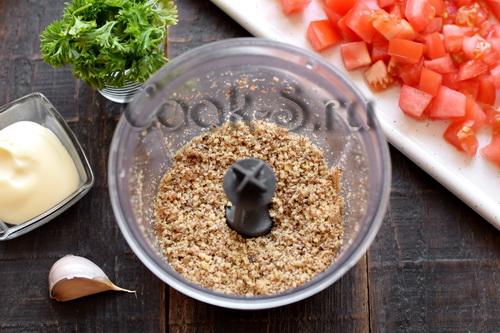 Салат «Лора» с баклажанами – простой, но получается безумно вкусно салаты