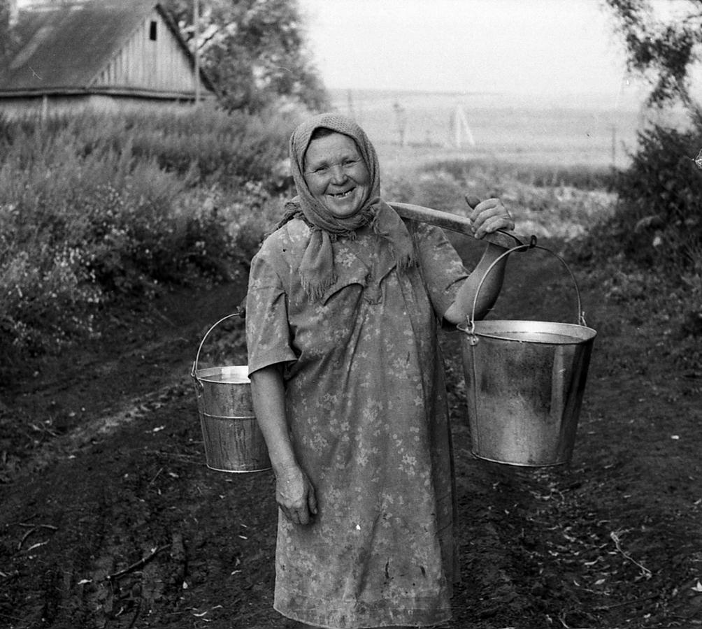 Как оплодотворяли баб в семьях на деревне в былые времена, порно фото женщин ролики женщин