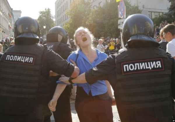 Больше половины задержанных на акции оппозиции в Москве оказались не москвичами