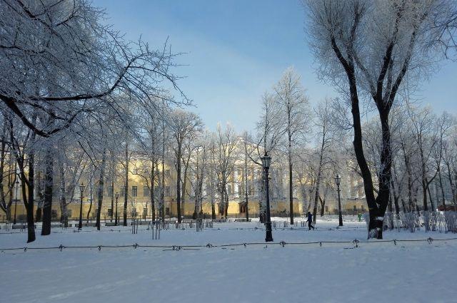Гидрометцентр прокомментировал сообщения об аномально теплой зиме