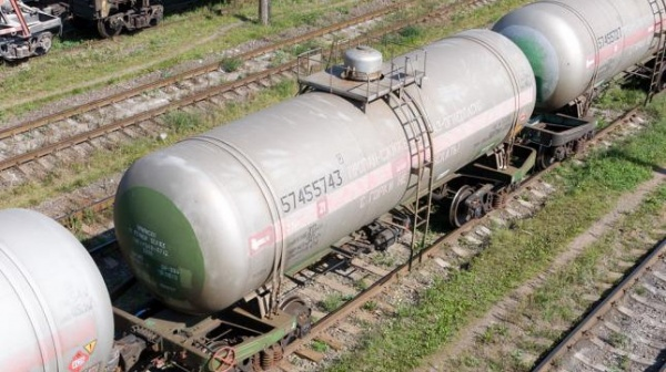ВКиргизию пришли первые цистерны сдизтопливом изРоссии