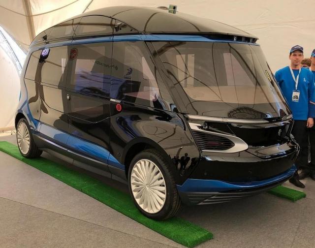 В Казани представили беспилотный автобус КАМАЗ