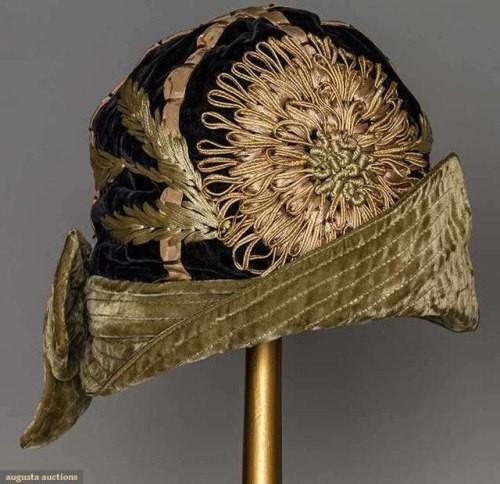 Изящные модные шляпки 1920-х годов 😍
