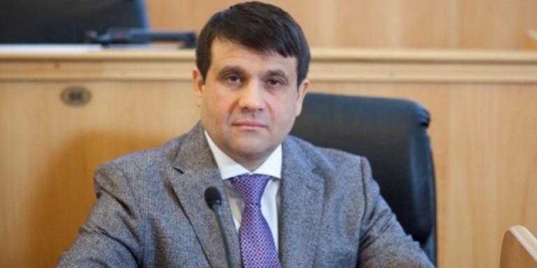 Российский депутат поинтересовался у МВД, как они защитят богатых, если вдруг начнется