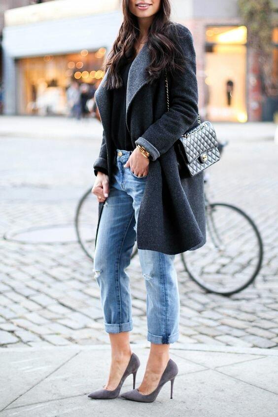 Повседневность и женственность: какие джинсы лучше всего будут смотреться с высокими каблуками