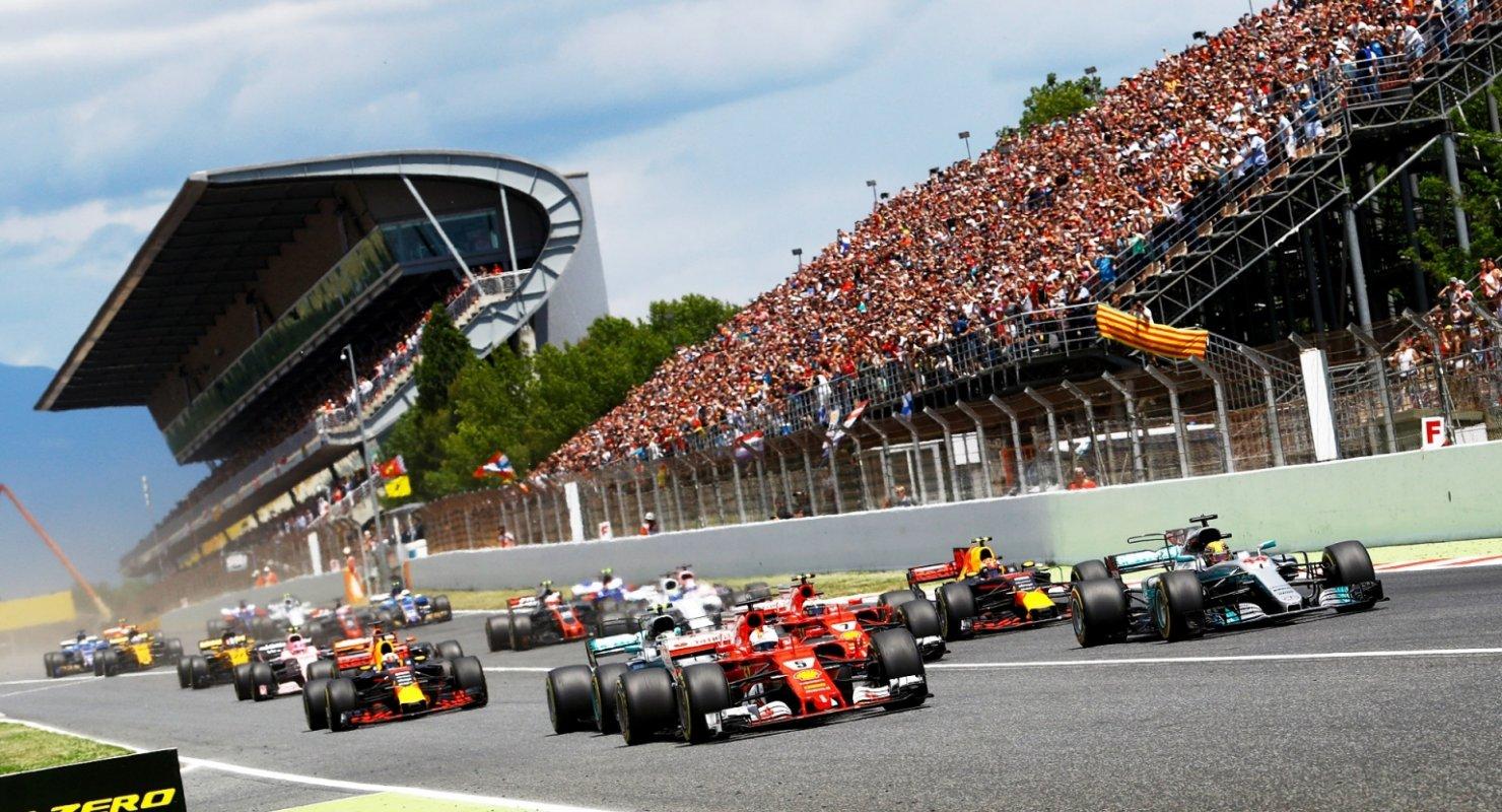 Команды Формулы-1 ждут более длительных тестов Автомобили