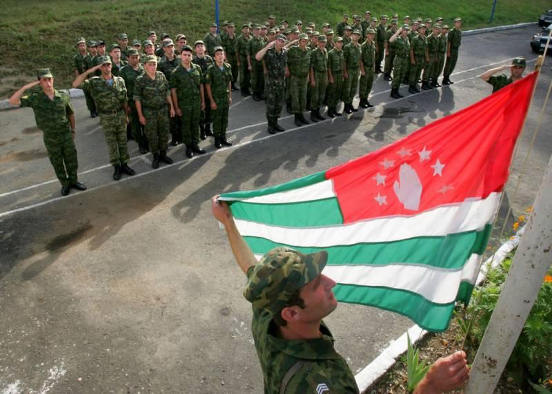 Россия за свои деньги будет модернизировать армию Абхазии
