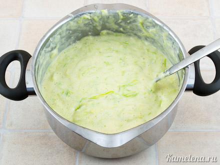 Запеканка из кабачков и плавленого сыра — 8 шаг