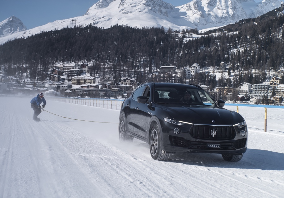 Maserati Levante разогнал сн…