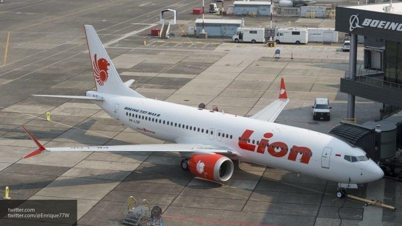 На борту рухнувшего в Индонезии самолета было 188 человек