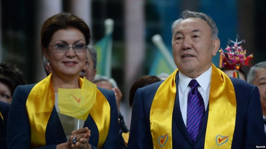 Военная хитрость Назарбаева: дочь остается за отца