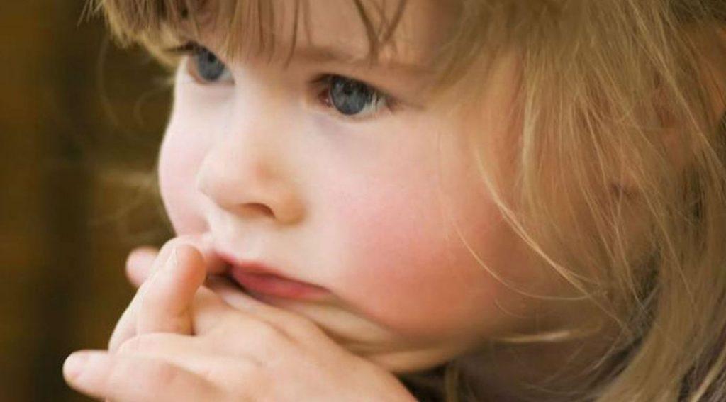 Катюша росла беспроблемным ребенком, но кому нужны чужие дети?
