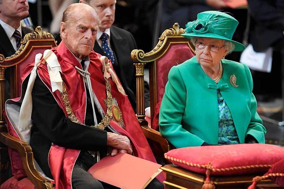 Нравы британского двора: муж Елизаветы II снимался в порнухе