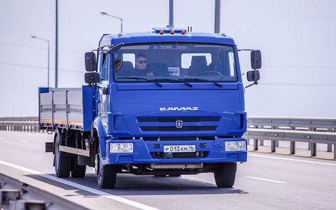 Беспилотные грузовики начнут тестировать на трассе М11 в ноябре