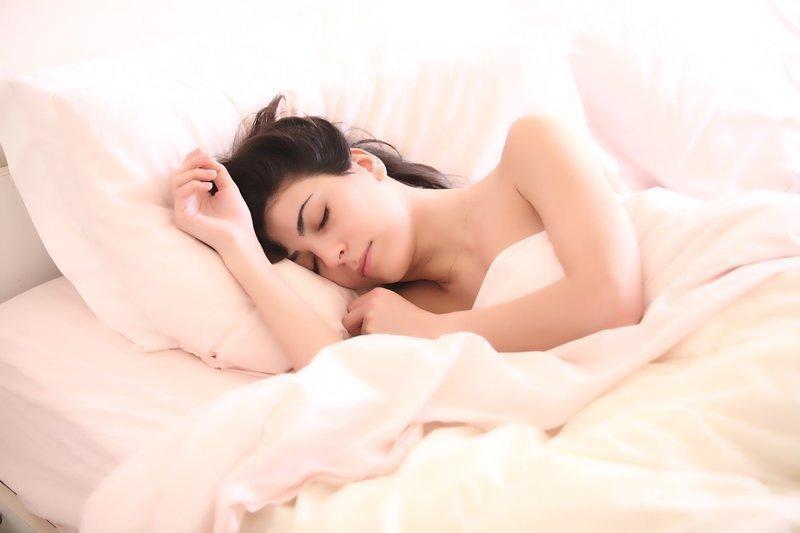 Почему во сне не получается кричать, быстро бежать или ударить кого-то?