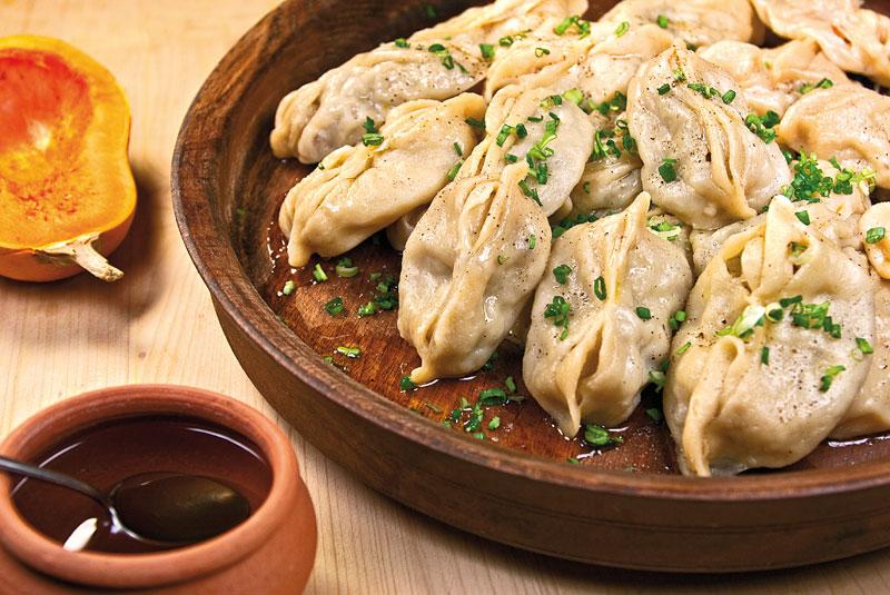 Манты с тыквой и куриным фаршем блюда из курицы,овощные блюда