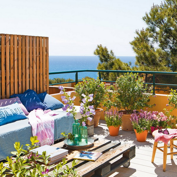 small-spanish-house-with-charming-terrace