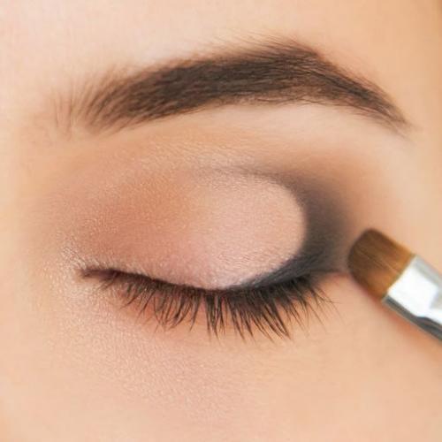 """Как сделать макияж глаз в технике """"Петля"""""""