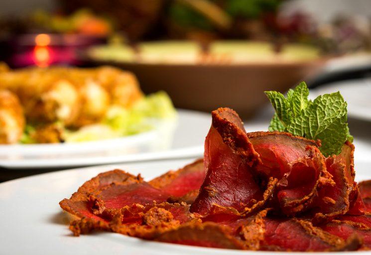 Домашний рецепт бастурмы из свинины