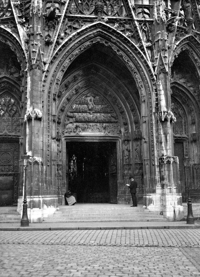 Вход в церковь Сен-Маклу в Руане ХХ век, винтаж, восстановленные фотографии, европа, кусочки истории, путешествия, старые снимки, фото