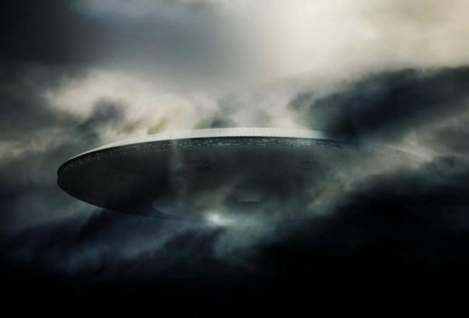 Вторжение началось: у МКС появился огромный НЛО