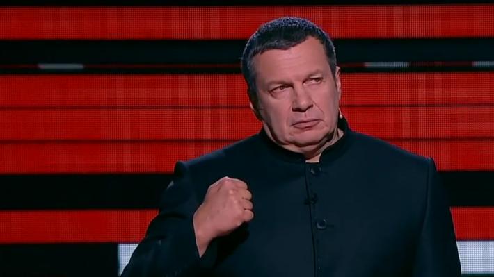 Сначала хамил, а потом стал звонить Путину: Соловьев ответил киевскому эксперту на заявления о «силе Порошенко»