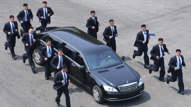 Бегущие телохранители Ким Чен Ына