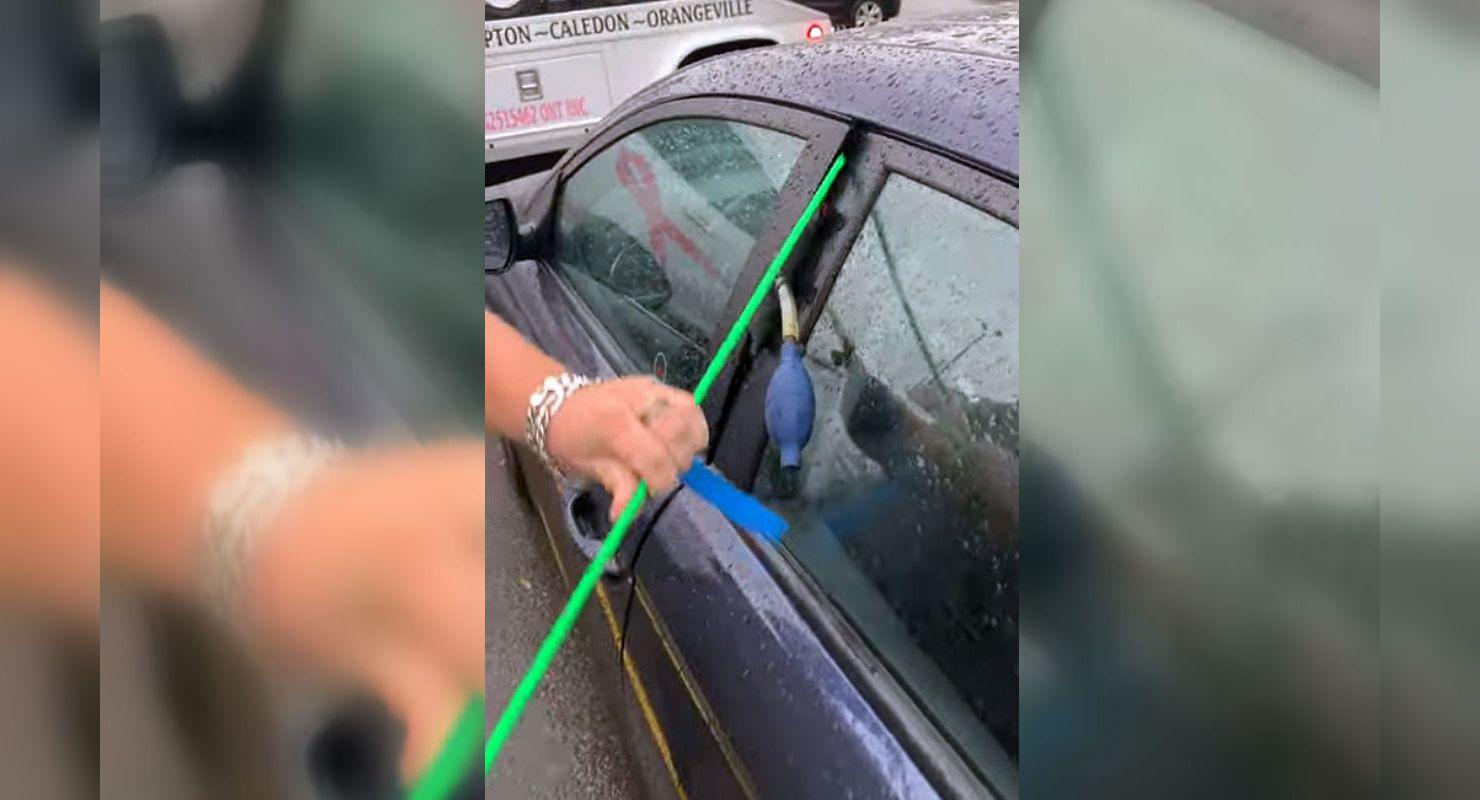 Как открыть машину без ключа — слабое место дверей Автограмота