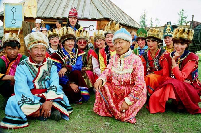 Носители традиционной культуры кумандинцев. /Фото:nashasreda.ru