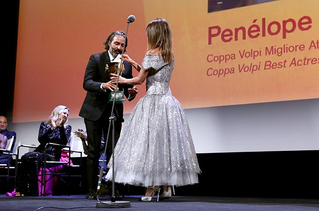Венеция-2021: победа Пенелопы Крус и другие итоги кинофестиваля Новости