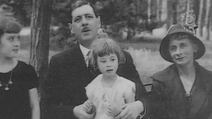 Спрятать или просто любить: Что делали с «особенными» детьми в семьях президентов и монархов дети,монархи,президенты,семья,тайны