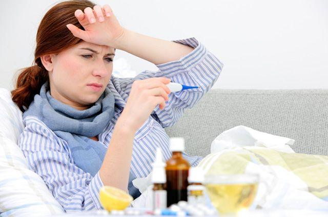 Лечат простуду, вызывая инсульт. Что за лекарства несут эту опасность?