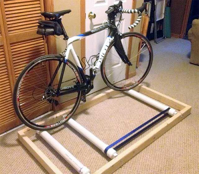 Велотренажер на базе велосип…